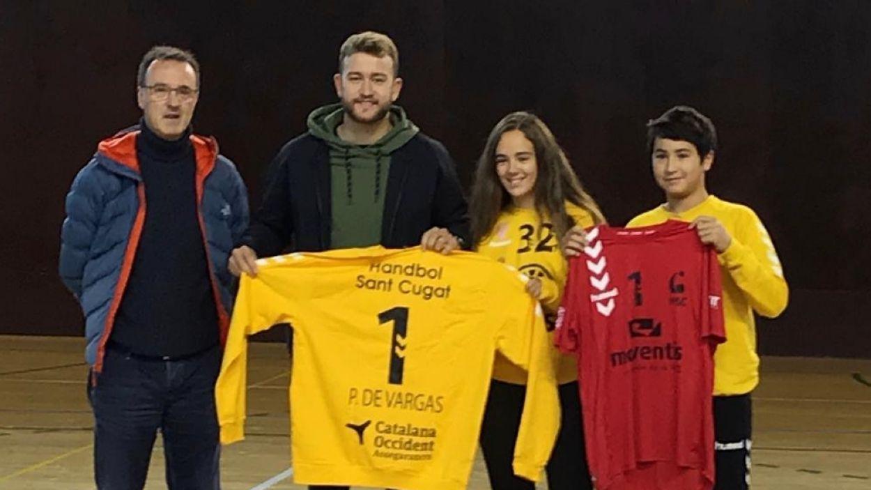 El porter del Barça Gonzalo Pérez de Vargas ha vist el matx del primer equip / Font: Handbol Sant Cugat
