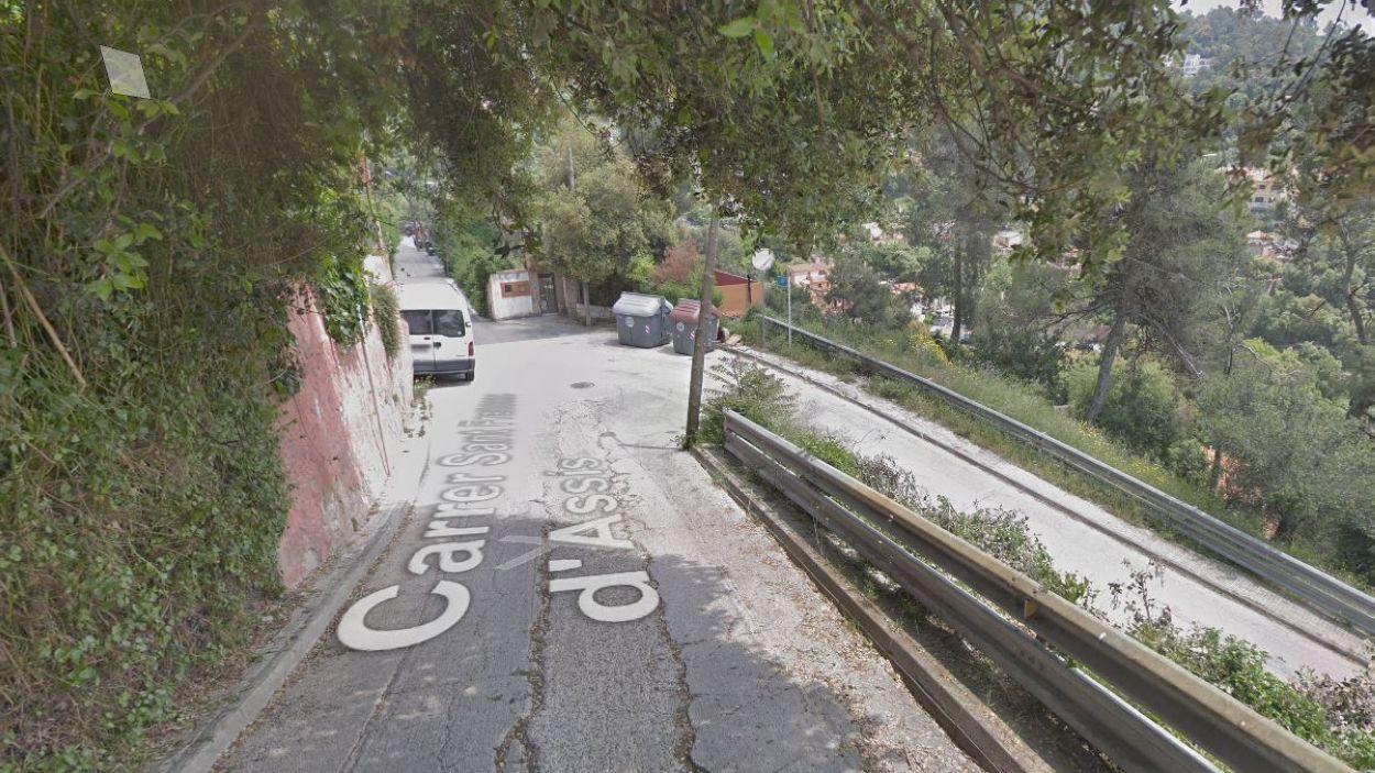Confluència del carrer de Sant Francesc d'Assís amb el carrer de la Llum / Foto: Google Maps