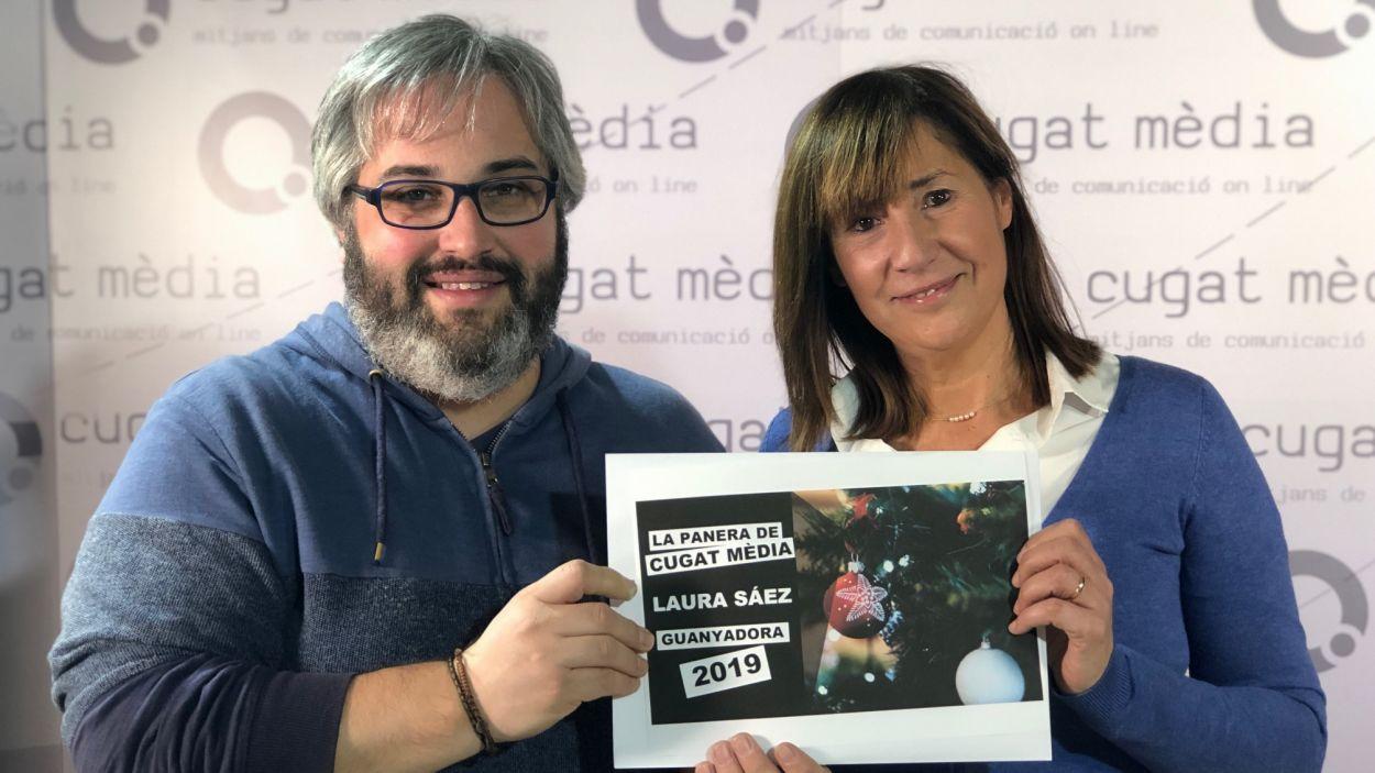 Laura Sáez ha recollit la panera de Cugat Mèdia / Foto: Cugat Mèdia