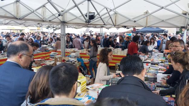 La tarda és el moment on s'acumulen més compradors / Foto: Cugat.cat