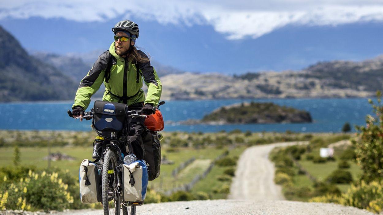 Conferència visual: 'Biciclistes (Sota el cel dels Andes)'