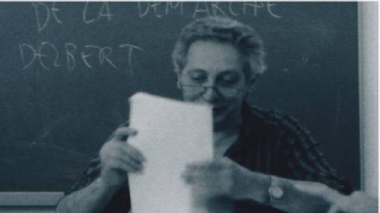 Imatge de Joan Rovira impartint classe a la Universitat Autònoma de Barcelona / Font: UAB