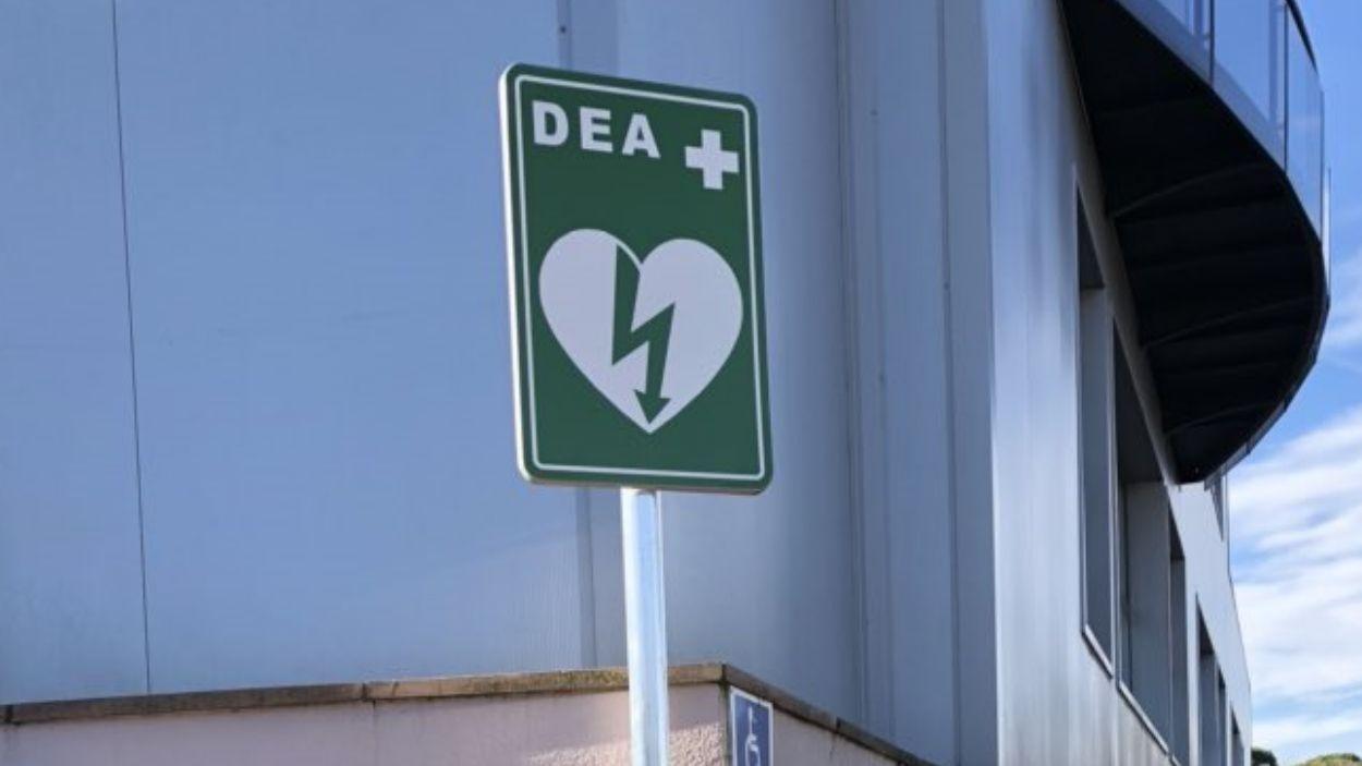 Valldoreix senyalitza els dispositius DEA que estan instal·lats a la via pública