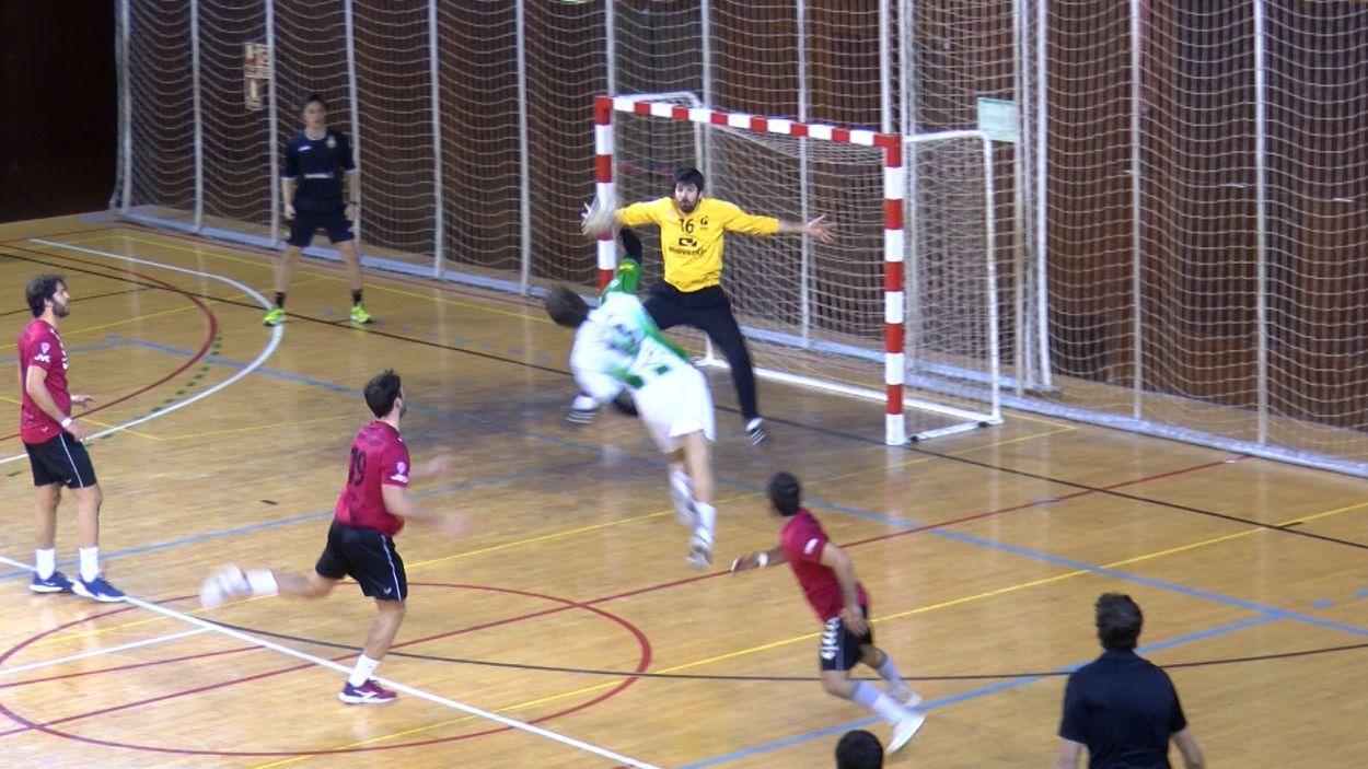 L'OAR Gràcia s'ha imposat per un gol de diferència / Foto: Cugat Mèdia