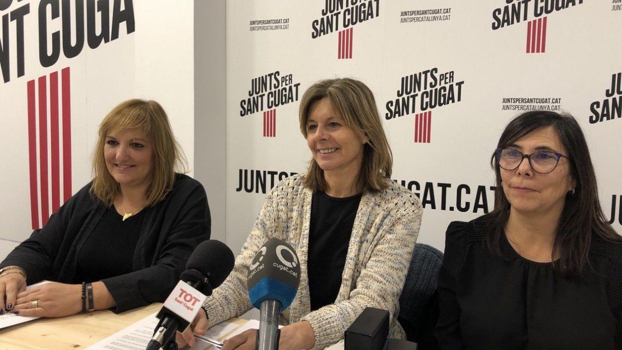 Fernández, Fortuny i Paraira, de Junts per Sant Cugat, en roda de premsa / Foto: Cugat Mèdia