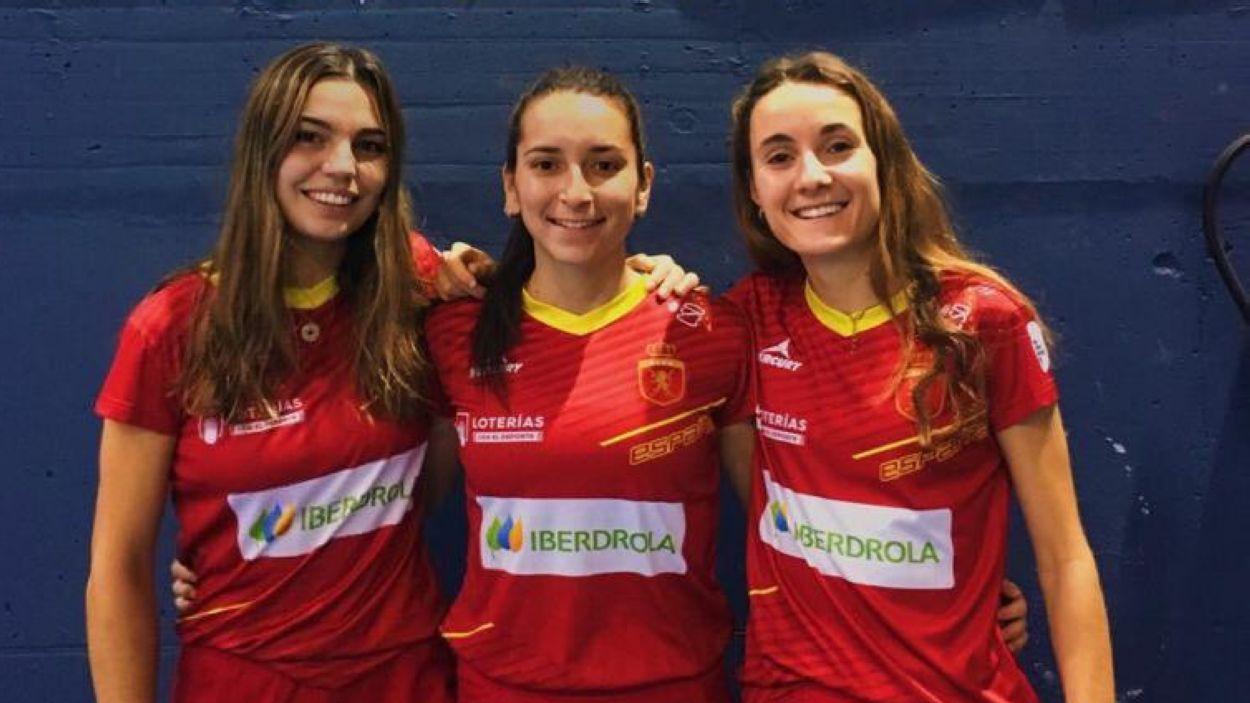 D'esquerra a dreta, Anna Gil, Marta Grau i Mariona Serrahima / Font: Anna Gil