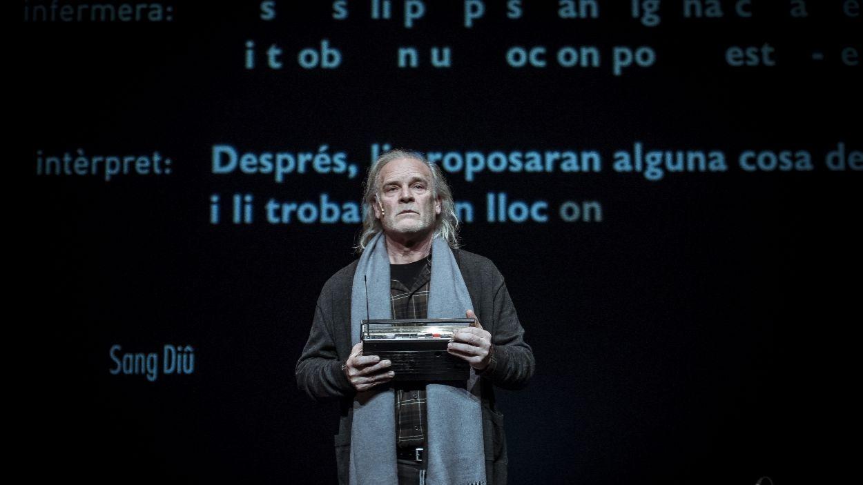 Lluís Homar durant la representació de l'obra / Foto: David Ruano