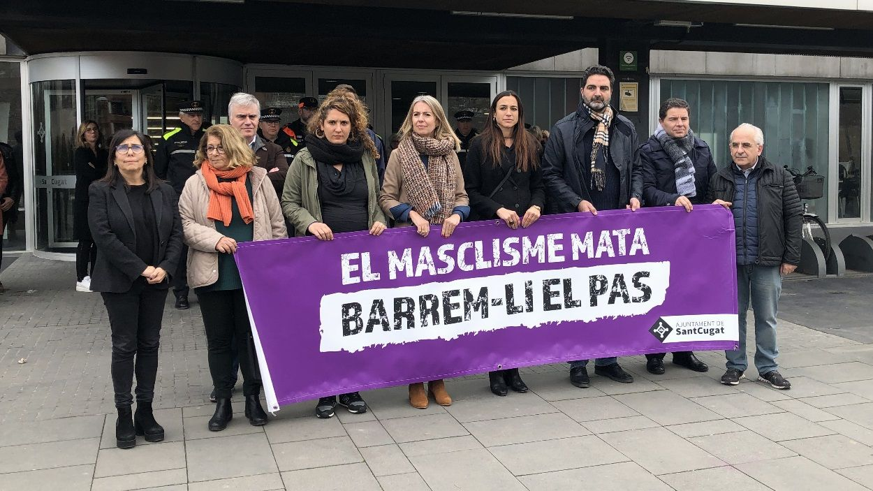 Minut de silenci a Sant Cugat contra la violència masclista / Foto: Cugat Mèdia