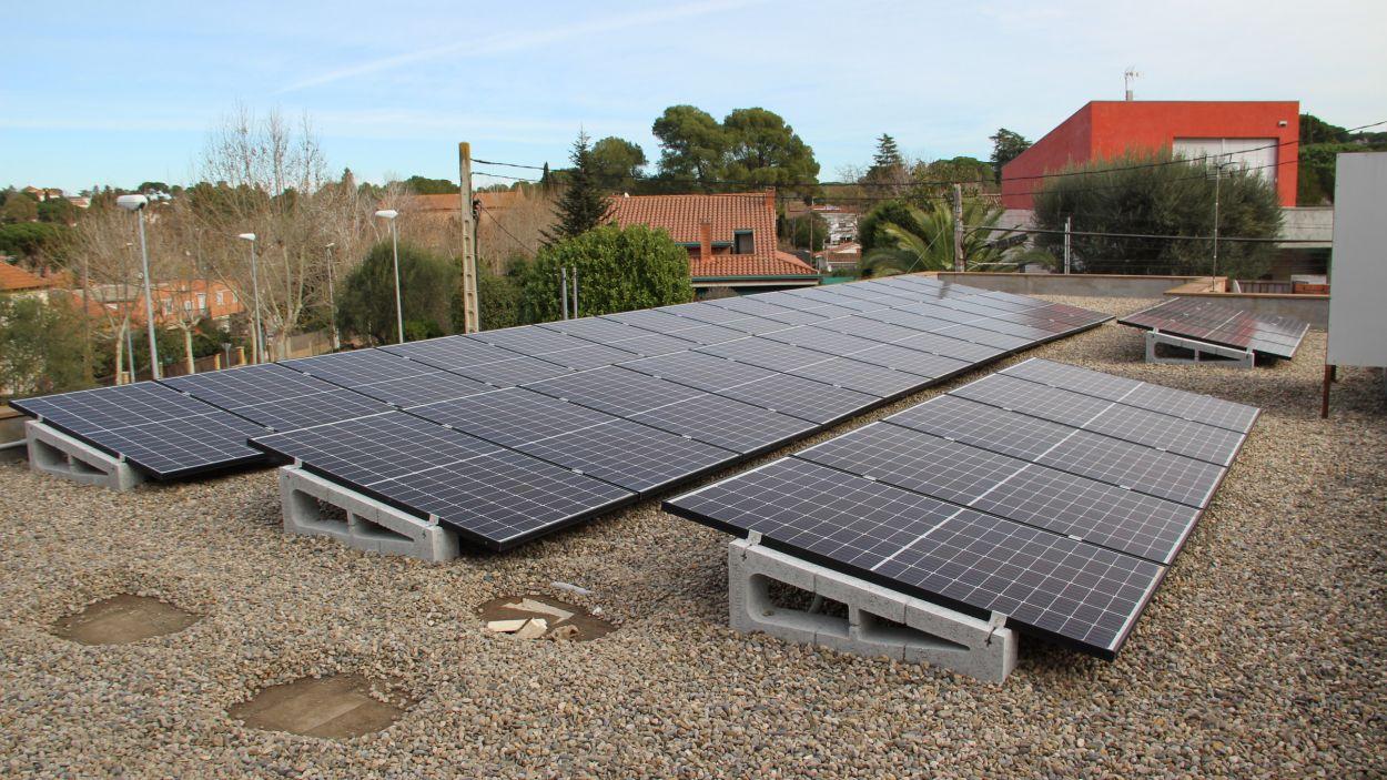 Les plaques fotovoltaïques de la Casa de la Vila / Foto: EMD