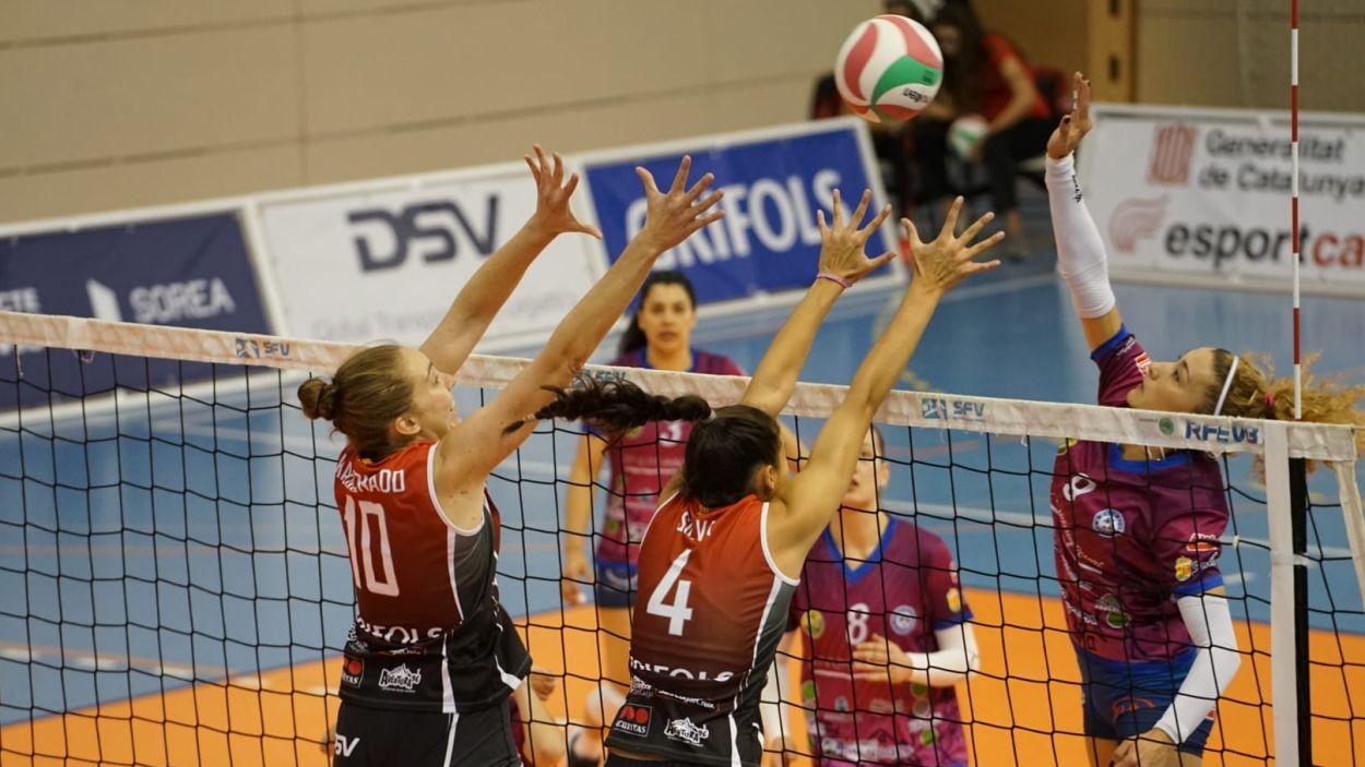 El Club Voleibol Sant Cugat, un els clubs referents femenins a Catalunya / Font: Guillem Babistch