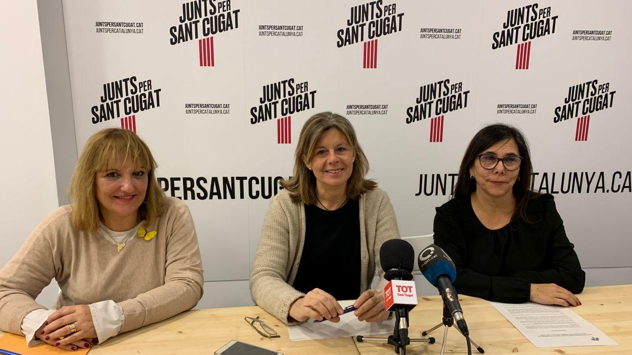Junts per Sant Cugat ha presentat les mocions en una roda de premsa / Foto: Cugat Mèdia