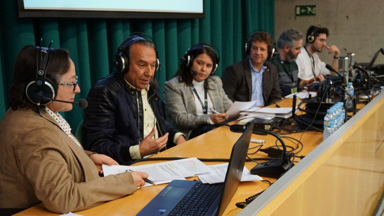 El locutor i presentador Justo Molinero durant el programa / Foto: Cugat Mèdia