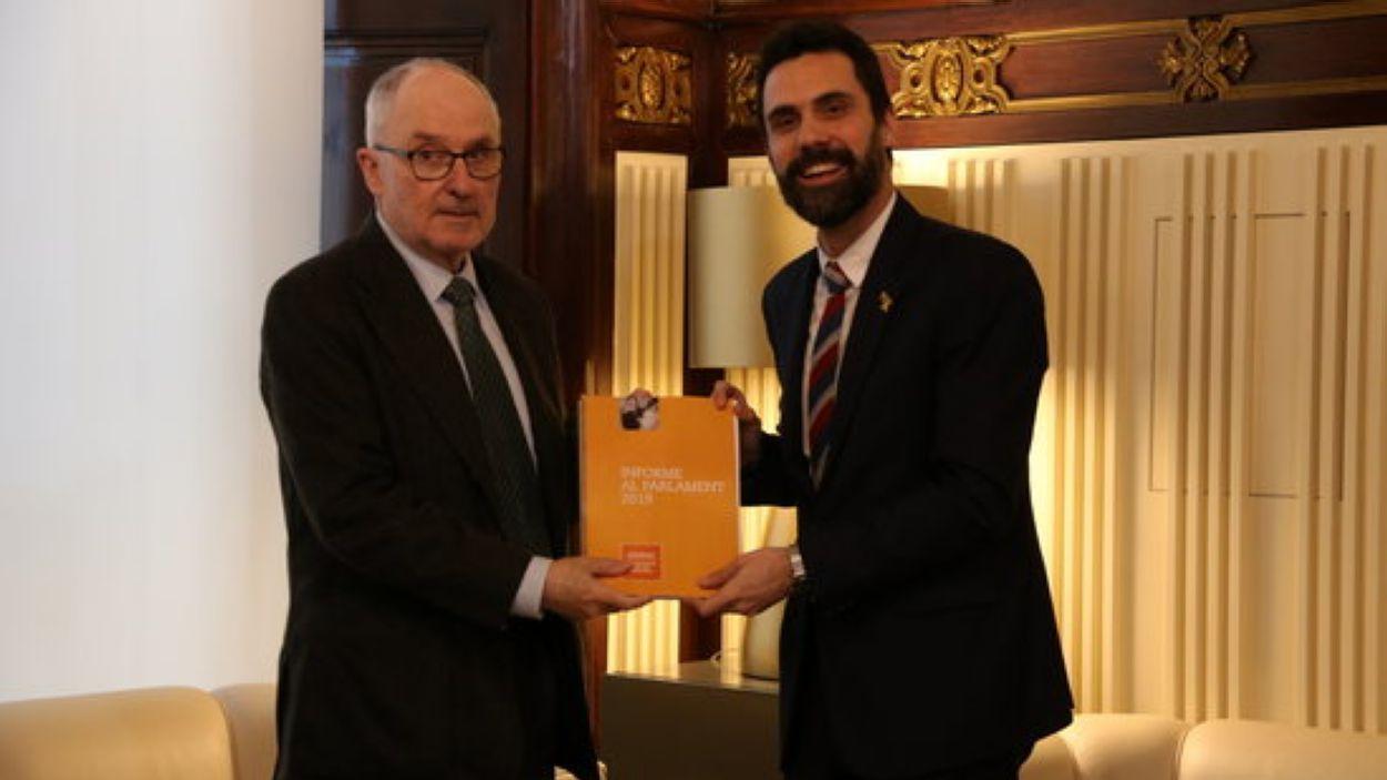 El Síndic de Greuges, Rafael Ribó, i el president del Parlament, Roger Torrent / Foto: ACN