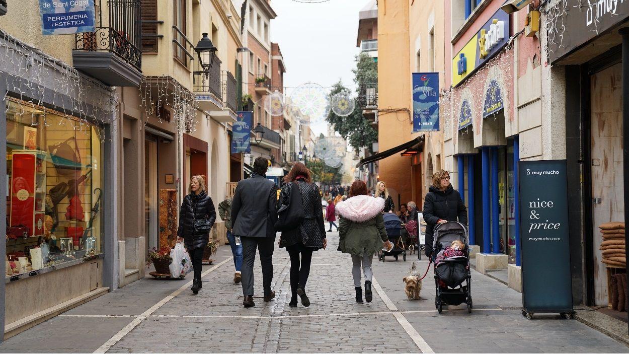 Imatge d'arxiu del carrer Santa Maria / Foto: Guillem Babitsch (Cugat Mèdia)