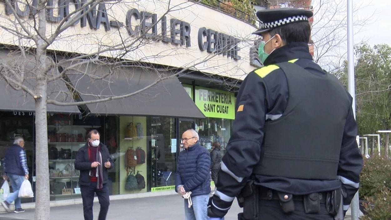 La Policia Local ha sancionat 37 persones en la darrera setmana / Foto: Cugat Mèdia