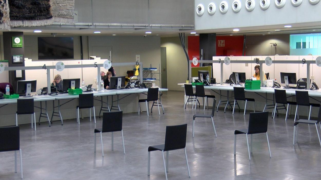L'OAC central està ubicada al vestíbul de l'Ajuntament / Foto: Cugat Mèdia