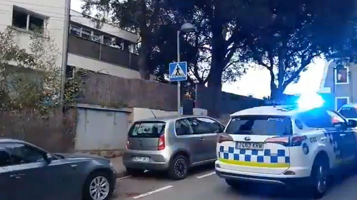 La Policia Local de Sant Cugat vol contribuir a fer més suportable el confinament / Foto: Policia Local