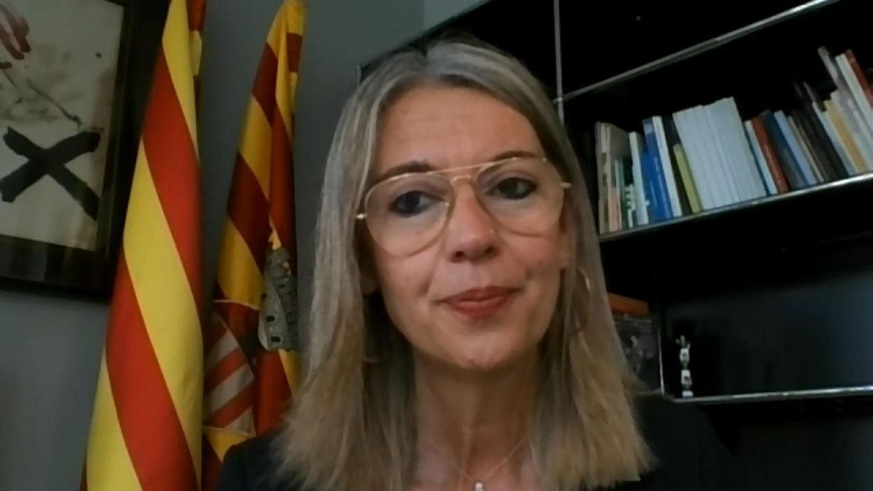 Mireia Ingla ha contestat les preguntes de la ciutadania via telemàtica / Foto: Cugat Mèdia