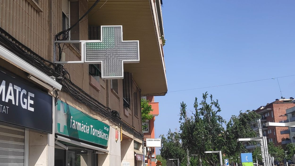 Les farmàcies de Sant Cugat repartiran mascaretes aquest dilluns / Font: Cugat Mèdia