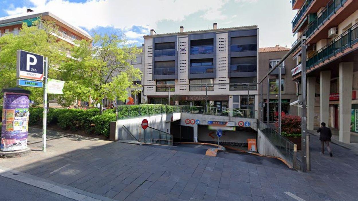 L'aparcament Empark a la plaça dels Quatre Cantons / Foto: Google Maps