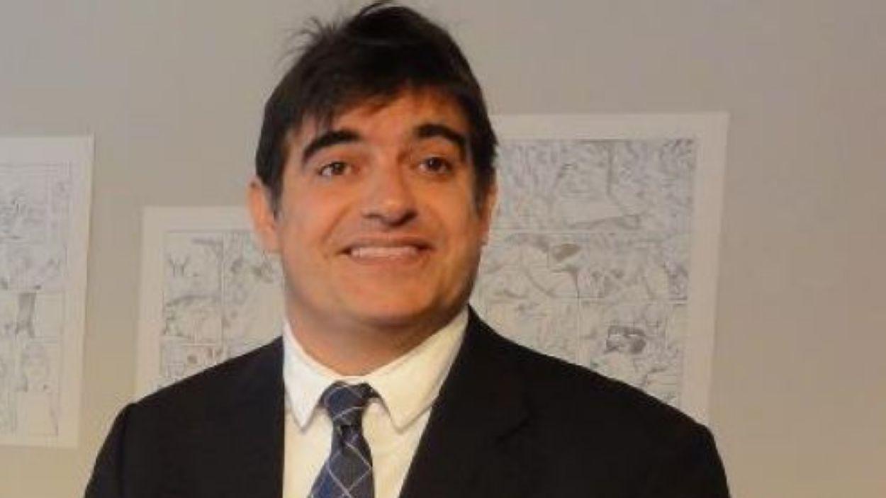 Lluís Fernández es presenta a les eleccions del Barça / Font: Canals Galeria d'Art