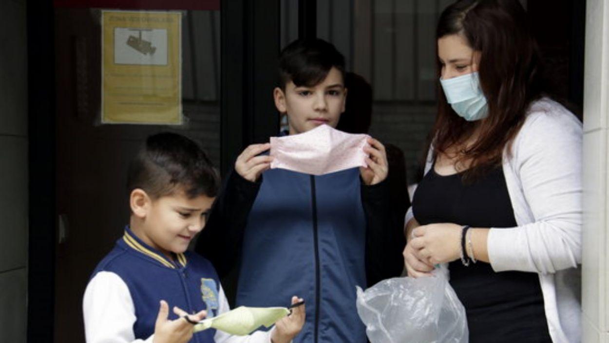 Obligatori l'ús de mascareta a les escoles per als infants a partir de sis anys, almenys les dues primeres setmanes de curs