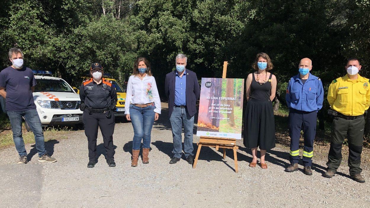 Els agents implicats de Sant Cugat en la presentació de la campanya de prevenció / Foto: Cugat Mèdia