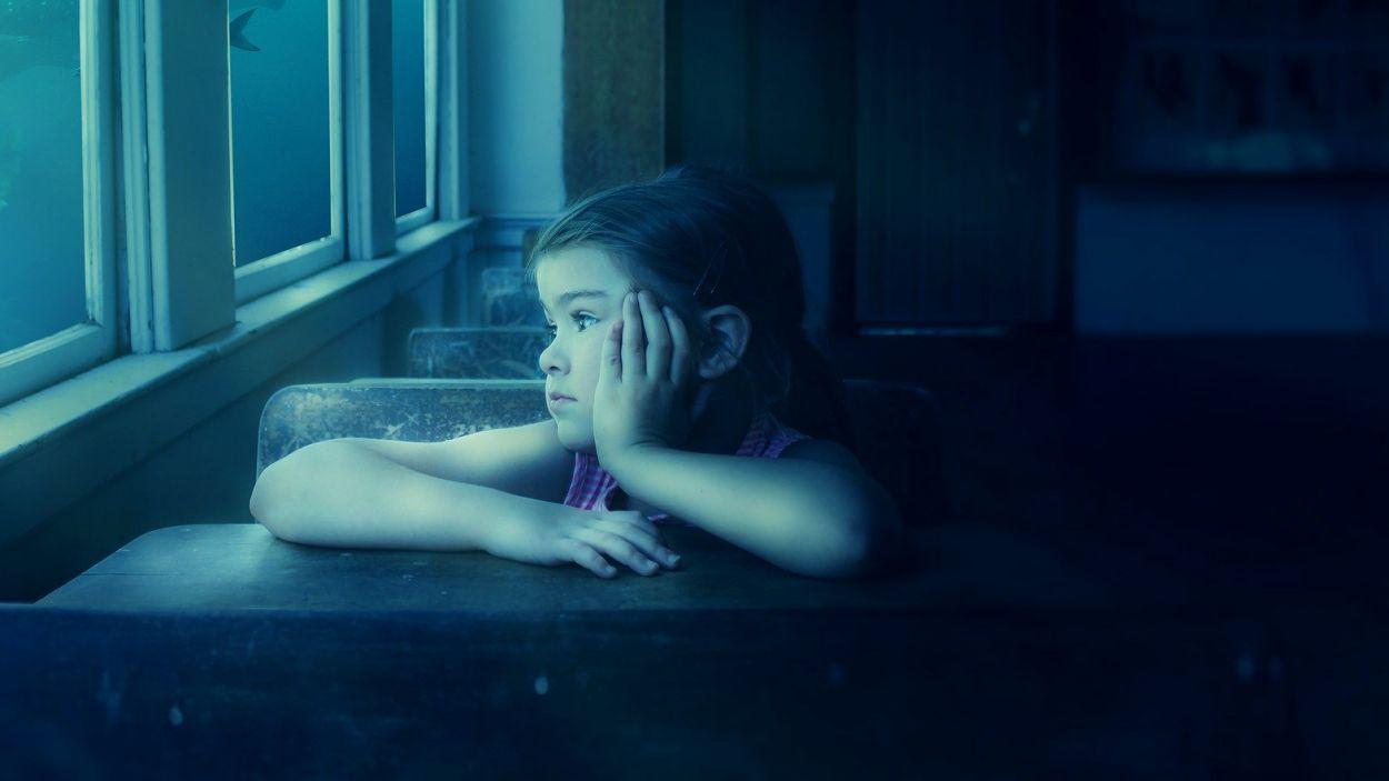 Els nens han d'afrontar múltiples pèrdues derivades de la crisi / Foto: Pixabay
