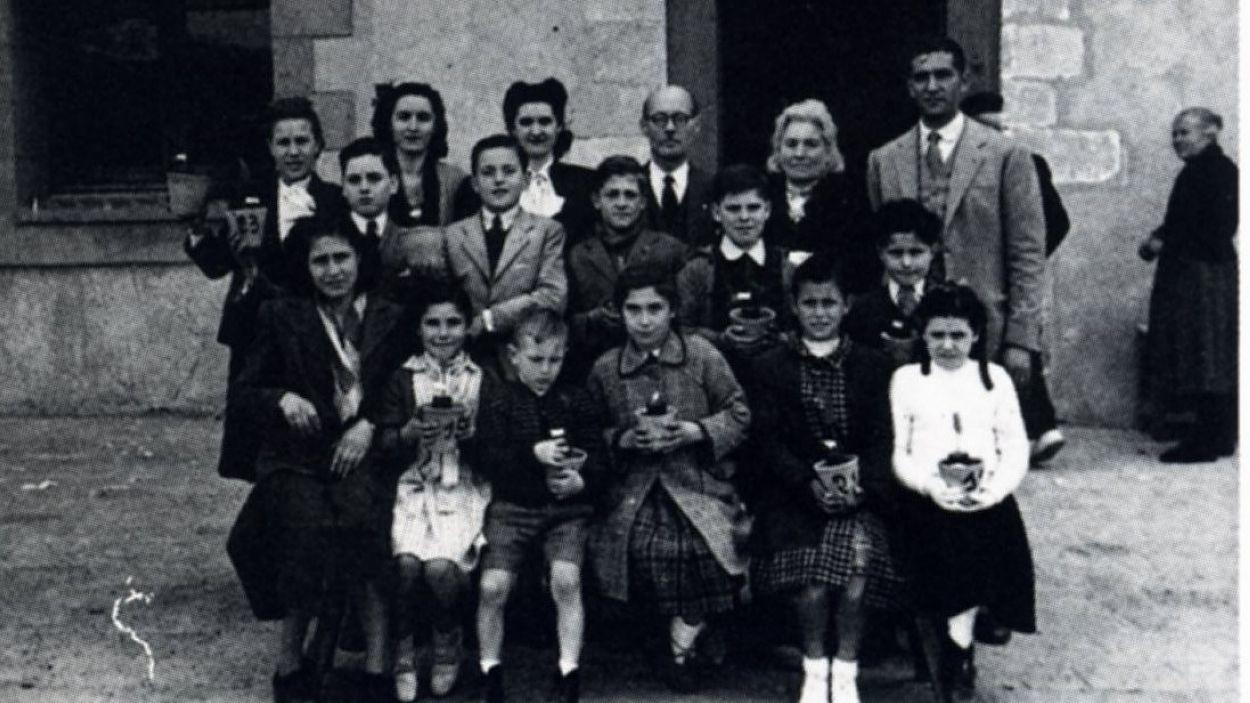 Narcís Perbellini, amb els seus alumnes / Foto: Juanjo Cortés