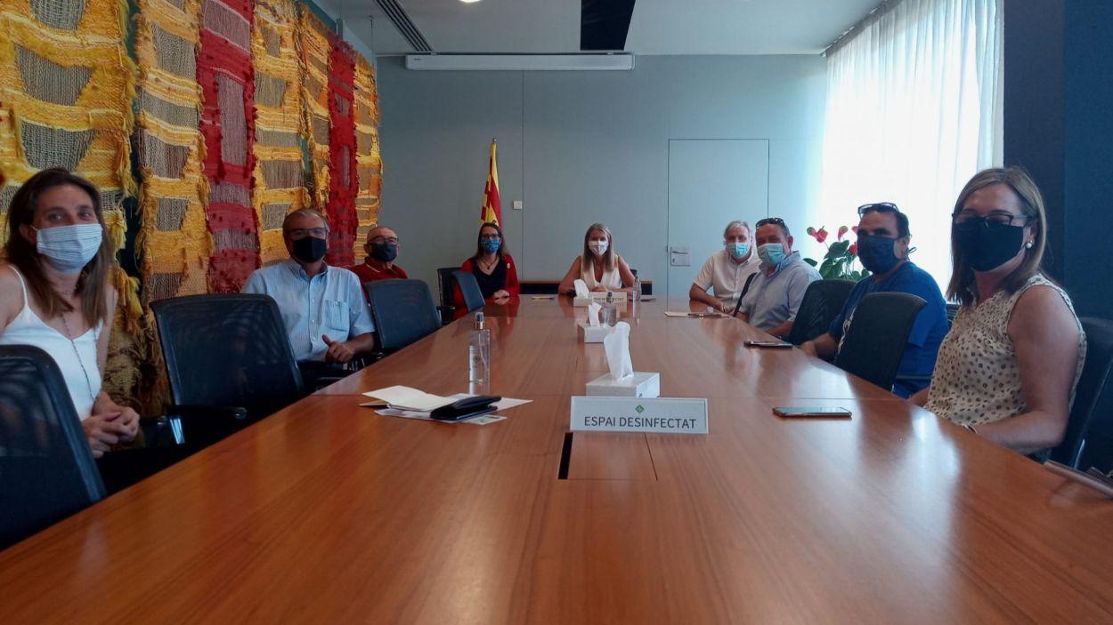 Reunió entre l'Ajuntament i el Club Petanca Sant Cugat / Font: Premsa Ajuntament
