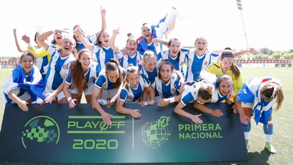L'Espanyol B, amb Lidia Rubio, ha assolit l'ascens a la segona categoria estatal / Font: RCD Espanyol