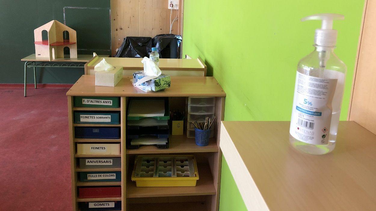 Interior d'un centre escolar amb hidrogel / Foto: Cugat Mèdia