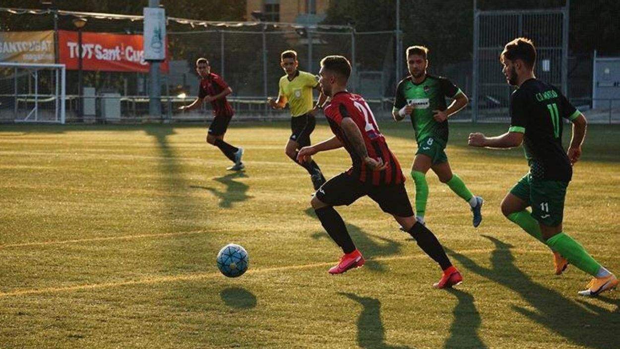Tres equips del Sant Cugat FC i un del FS Sant Cugat podran tornar a competir / Font: Aina Villares