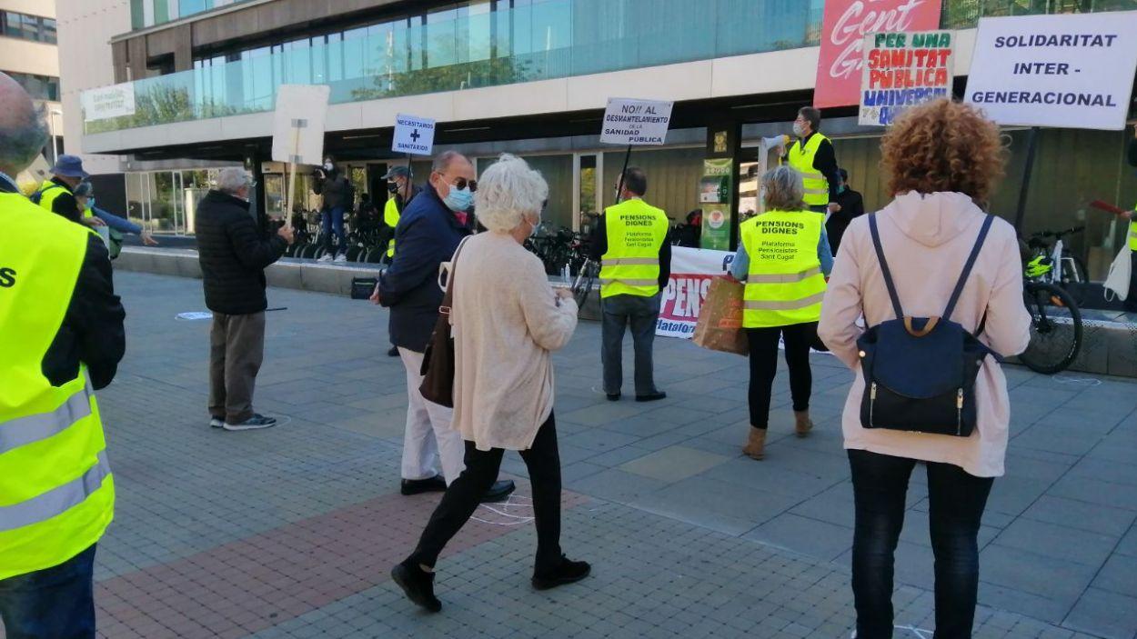 Els pensionistes reprenen les concentracions per reclamar més ajudes en sanitat i mobilitat