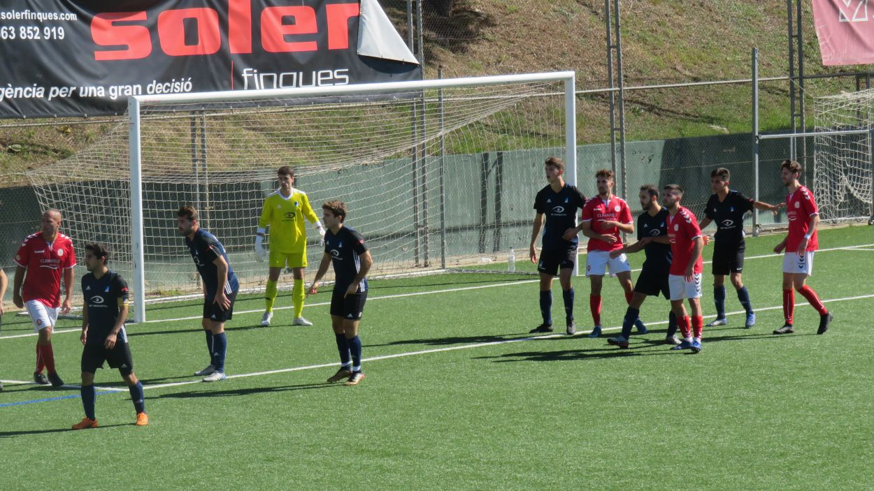 El Junior s'ha estrenat amb victòria a la lliga davant el Marianao Poblet / Font: Cugat Mèdia