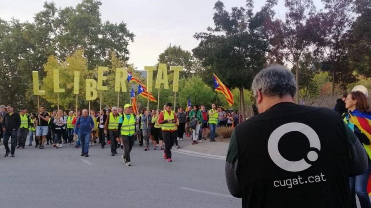 Moment de la 'Marxa per la Llibertat' dels santcugatencs / Foto: Cugat Mèdia