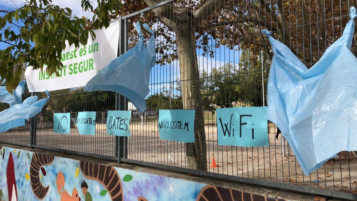 El centre es queixa de la mala connexió a internet que obstaculitza les classes / Foto: Institut Pla i Farreras
