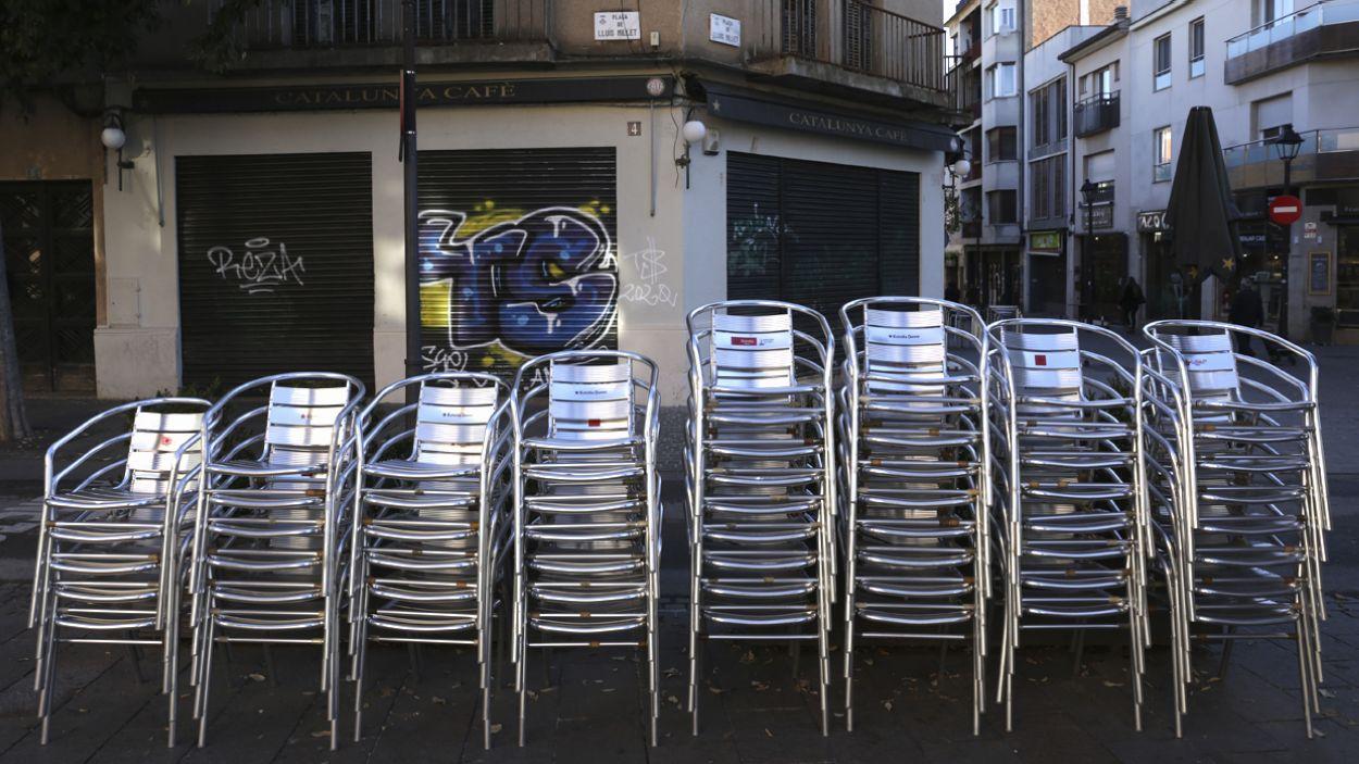 El bar Catalunya, un dels més emblemàtics de Sant Cugat, tancat / Foto: Cugat Mèdia