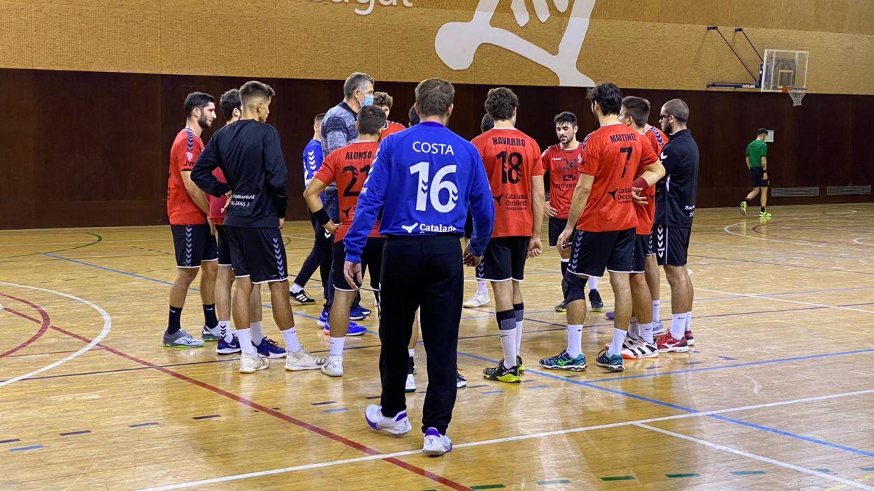 L'Handbol Sant Cugat visita la pista de la Salle Montcada / Font: Cugat Mèdia