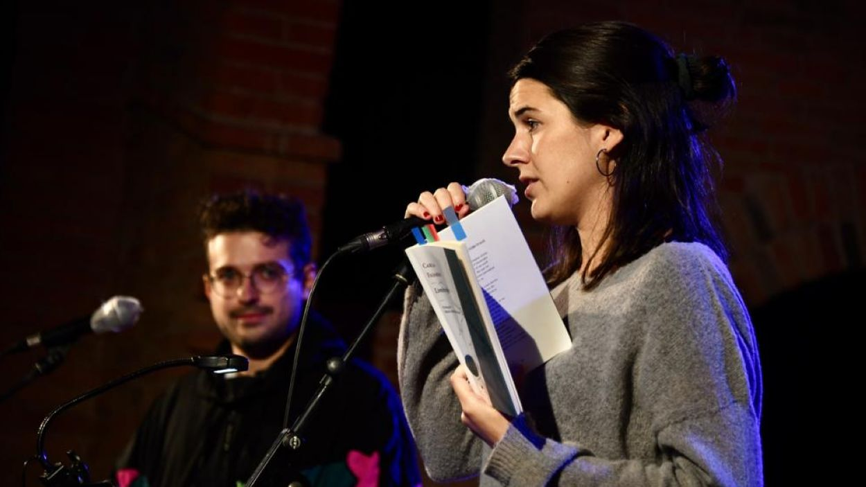 Fajardo i Deusa, dos poetes joves al Festival Nacional de Poesia / Font: Jordi Garcia / Localpress