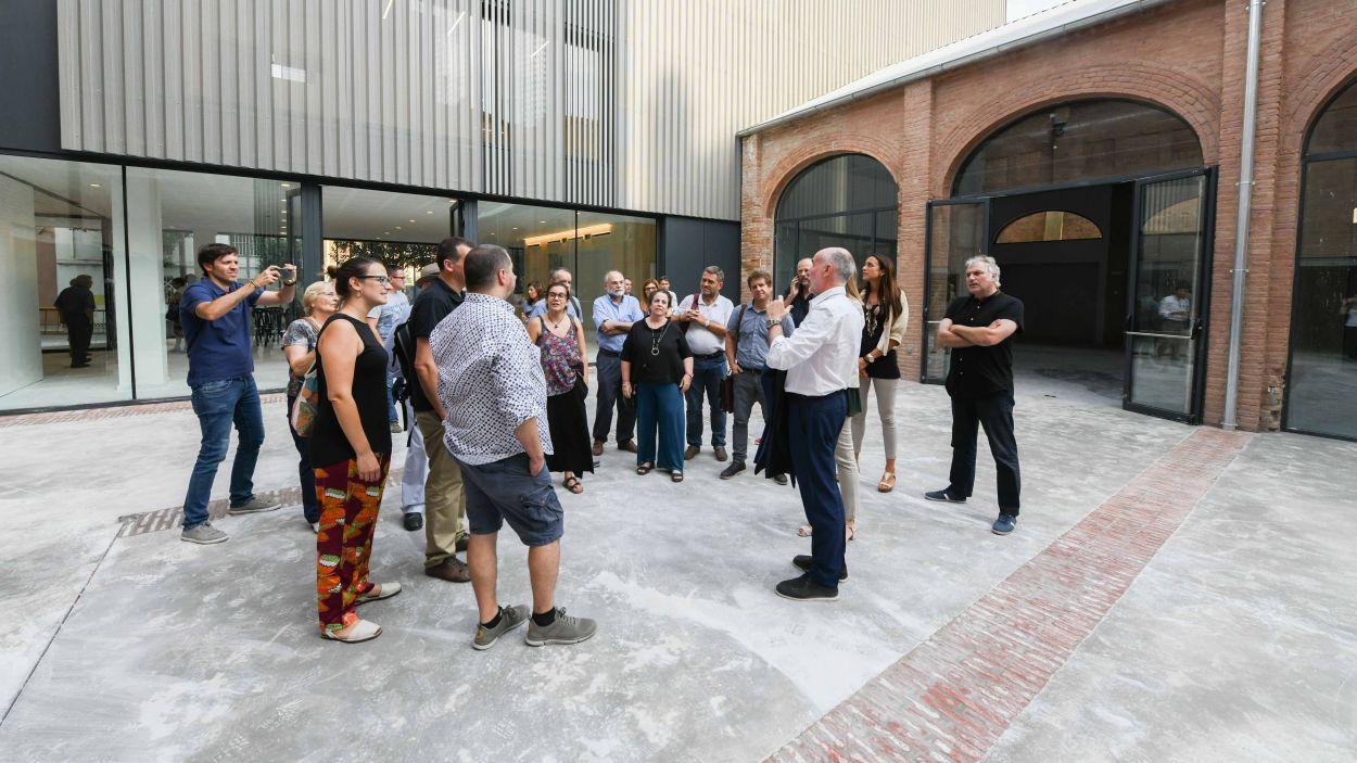 La visita a l'edifici gairebé acabat es va fer l'estiu de l'any passat / Foto: Ajuntament