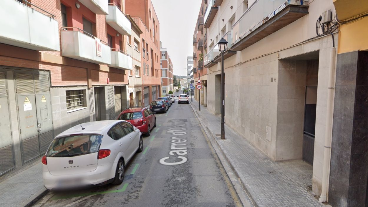 Pas endavant per millorar la il·luminació al carrer d'Orient i a les pistes esportives de Manel Farrés