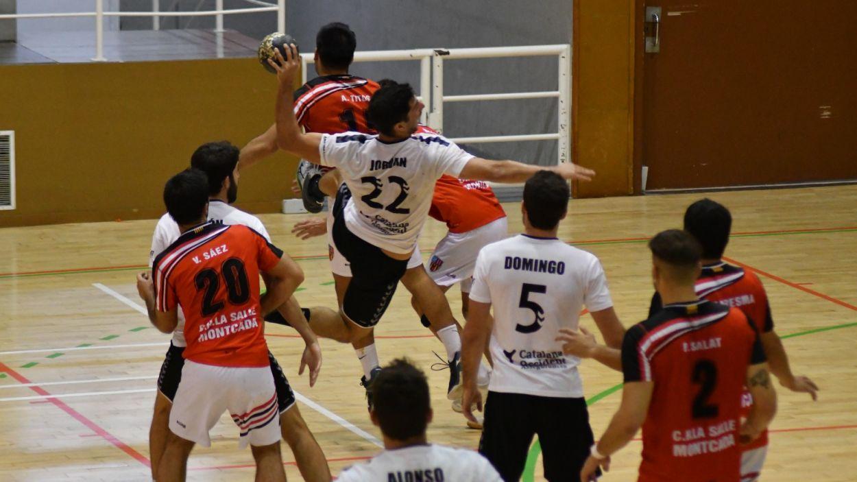 Marc Jordán, líder ofensiu de l'Handbol Sant Cugat i màxim golejador del grup