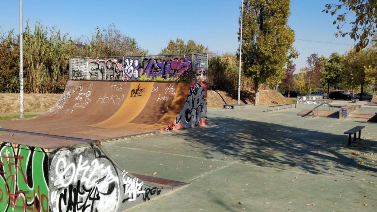 Skatepark situat al parc de la Pollancreda / Foto: Cugat Mèdia