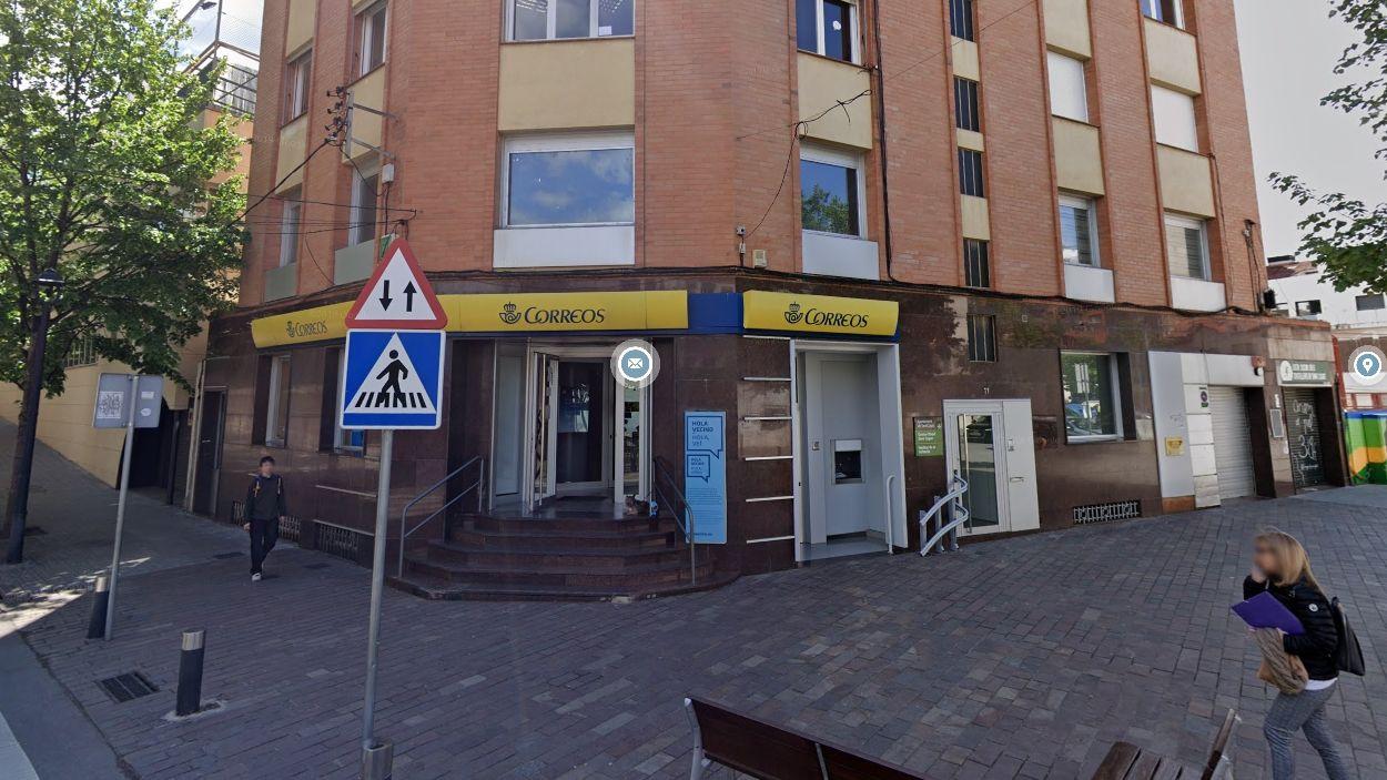 L'oficina de Correus a Sant Cugat, a la plaça de Can Quitèria / Foto: Google Maps