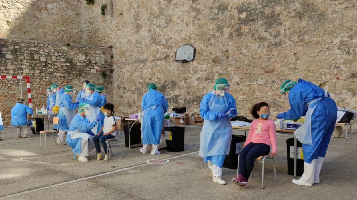 Personal sanitari supervisarà les automostres a secundària / Foto: ACN