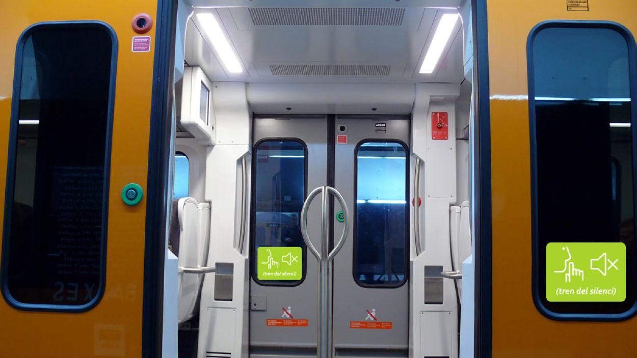 Els combois de FGC estan rotulats per recordar la recomanació / Foto: ACN