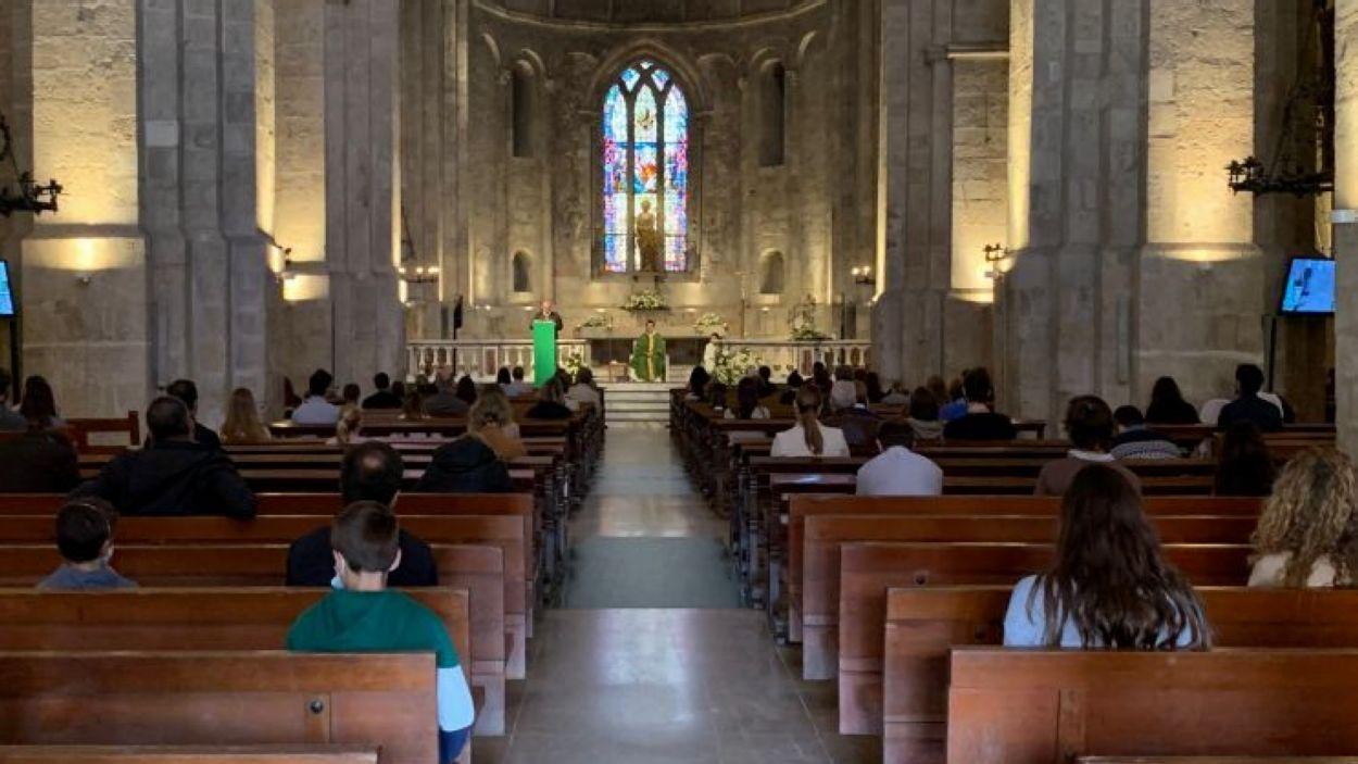 L'aforament als actes religiosos es limita a 100 persones / Foto: Cugat Mèdia
