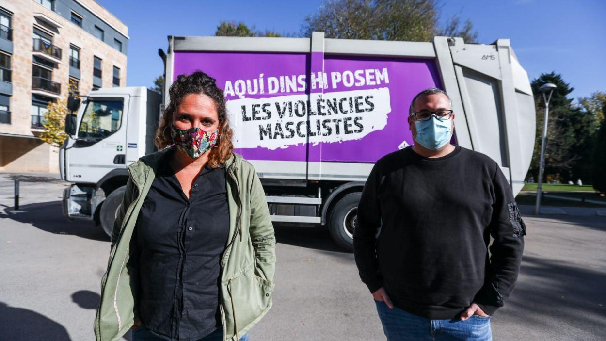 13 caminions circularan amb el lema de la campanya / Foto: Lali Puig