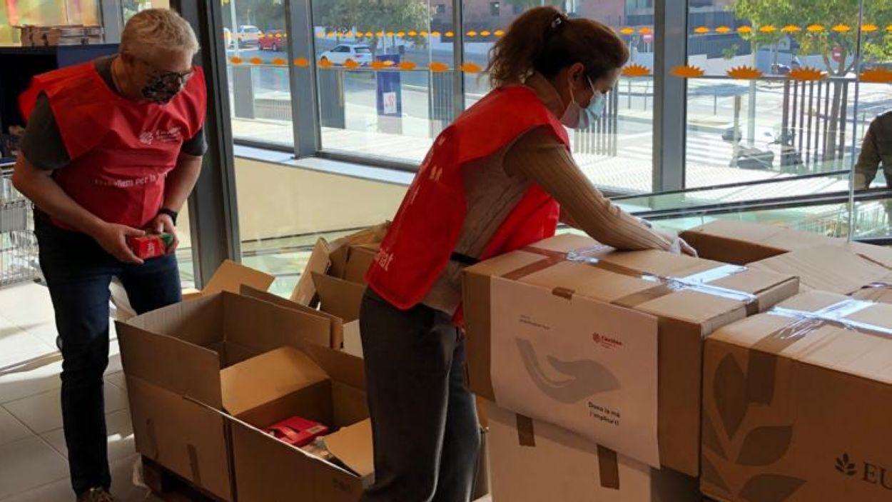 Càritas Sant Cugat està preparant una altra recollida d'aliments i diners / Foto: Càritas